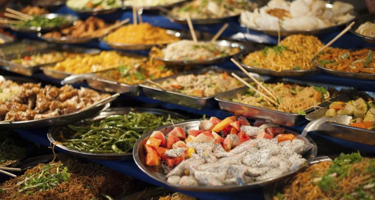 FOOD & BEVERAGE